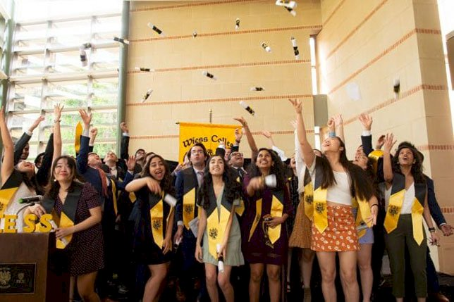 Colleges, Universities Struggle with Commencement Decisions