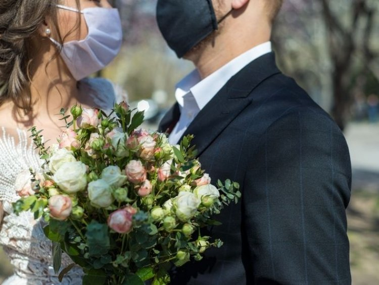 Wedding-Related Businesses Hit Hard By Pandemic