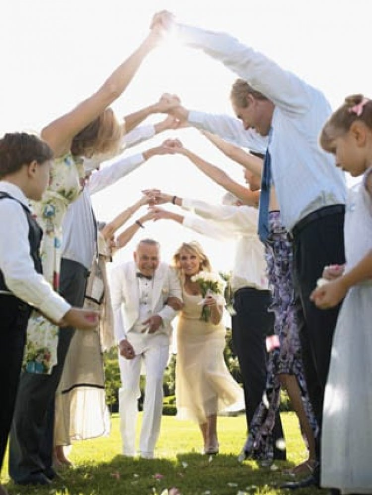 Wedding, event planners frustrated with state's silence on guidance