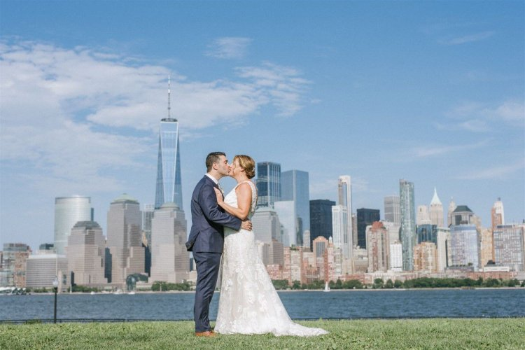 Couples say wedding venues are holding their money hostage. Bill would require refunds for COVID cancellations.